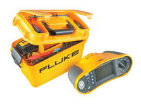 ../../upload/old-site/photos/fluke_1653b_accessories_box.jpg